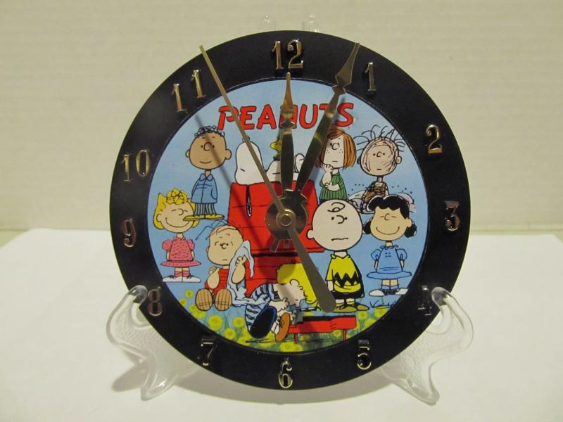 Peanuts CD clock