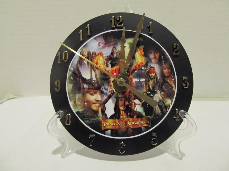 Pirates of the Caribbean cd clock