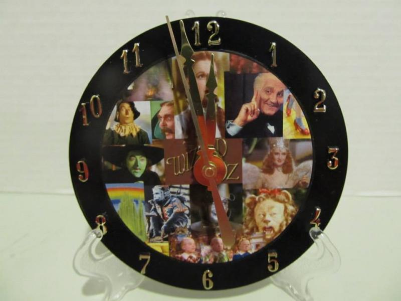 Wizard of Oz cd clock